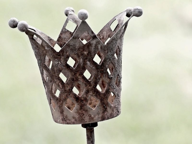 crown, rust