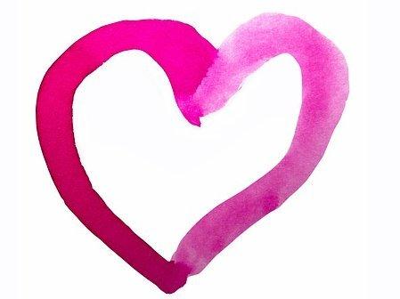 Handrawn heart in pink.